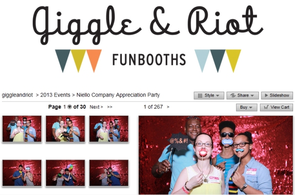 Giggle & Riot Photobooth
